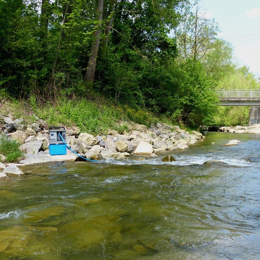 Flussüberwachung mit Probenehmer
